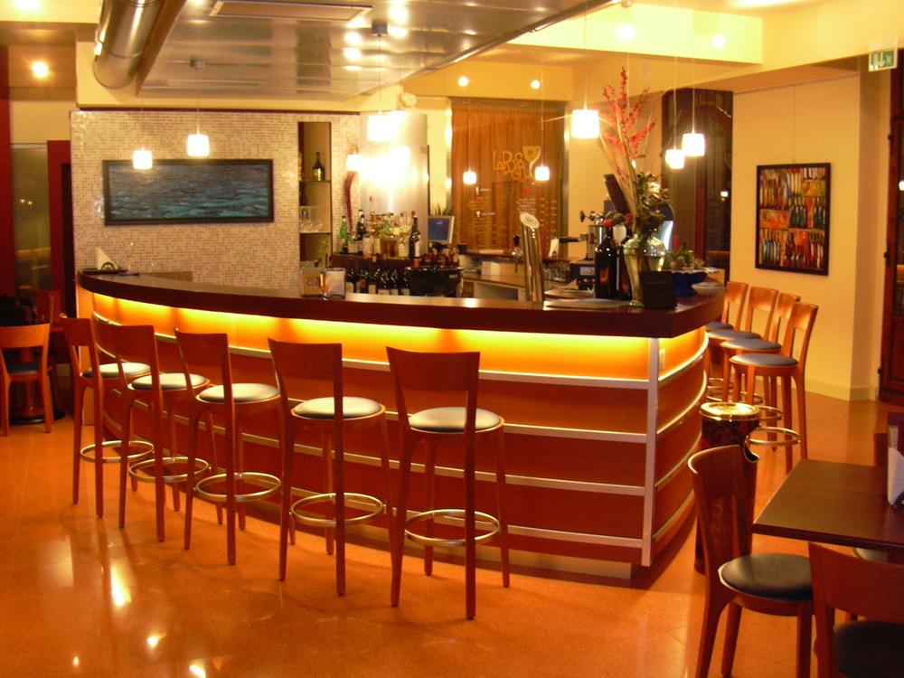 Lounge Bar Ferrara - 3